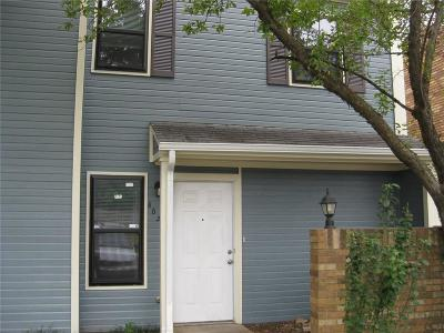 Warr Acres Condo/Townhouse For Sale: 6026 NW 54th Place