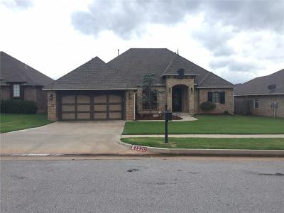 Moore Single Family Home For Sale: 2520 SE 11th Street