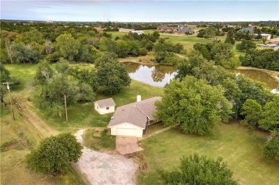 Edmond Single Family Home For Sale: 1115 E Sorghum Mill