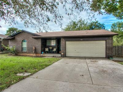 Midwest City Single Family Home For Sale: 421 Woodland