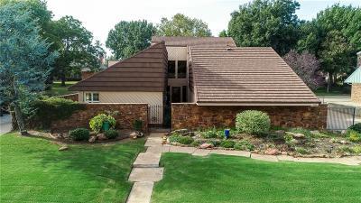 Single Family Home For Sale: 10713 Woodridden