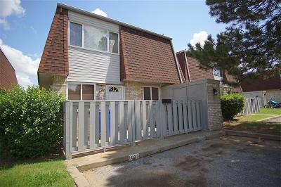Norman Condo/Townhouse For Sale: 1633 Claudia Drive