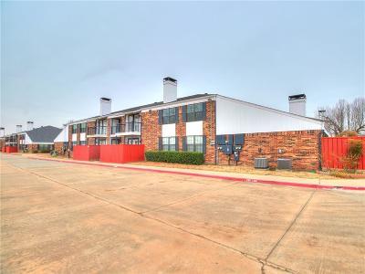 Norman Condo/Townhouse For Sale: 3003 River Oaks Drive #221
