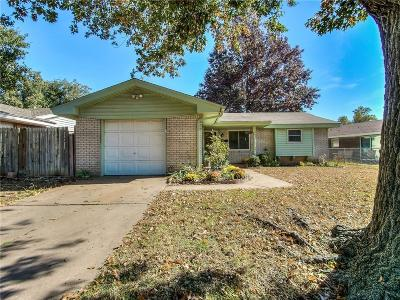 Bethany Single Family Home For Sale: 2104 N Divis Avenue