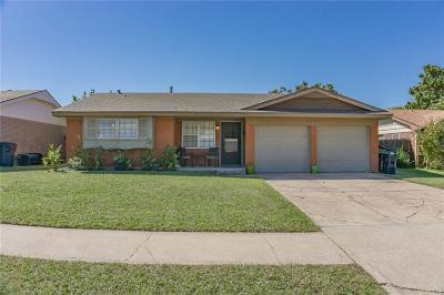 Oklahoma City Single Family Home For Sale: 8909 S Lawton Drive