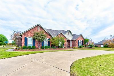 Edmond Single Family Home Pending: 22222 Cedar Farm Road