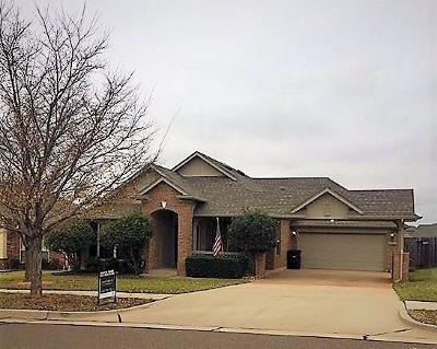 Moore OK Single Family Home For Sale: $189,000