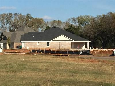 Edmond Single Family Home Pending: 508 NW 186th Street