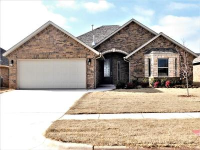 Moore OK Single Family Home For Sale: $231,080