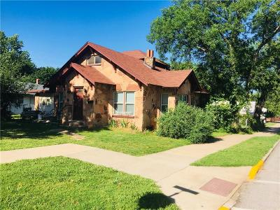 Guthrie Single Family Home For Sale: 101 S Capitol