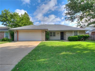 Edmond Single Family Home For Sale: 313 Elwood Drive