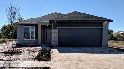 Yukon Single Family Home For Sale: 10700 NW 20th Street