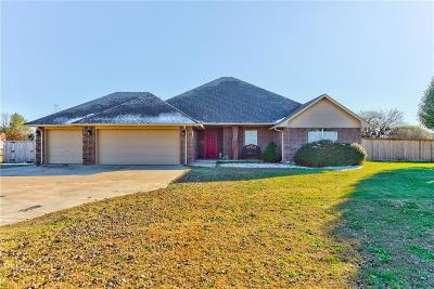 Edmond Single Family Home For Sale: 4200 Deer Xing