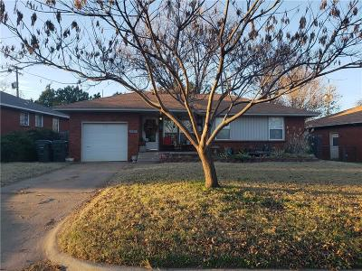 Midwest City Single Family Home For Sale: 617 E Thornton Drive