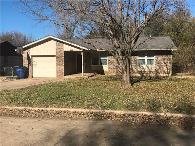 Noble Single Family Home For Sale: 609 Noble Drive