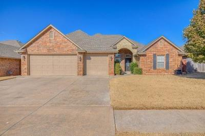 Moore Single Family Home For Sale: 2621 SE 5th Street