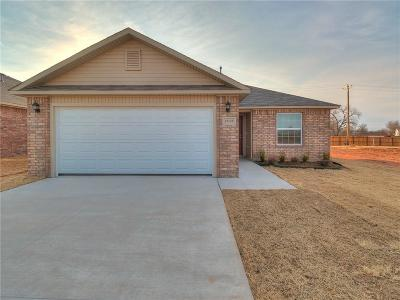 Yukon Single Family Home For Sale