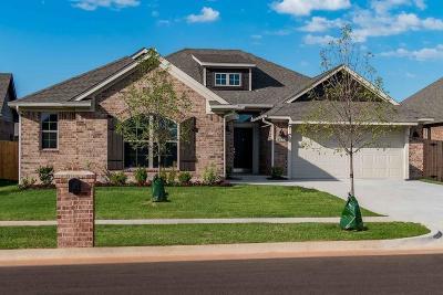 Edmond Single Family Home For Sale: 18713 Vivo Drive