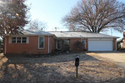 Norman Single Family Home For Sale: 2340 Ashwood Lane