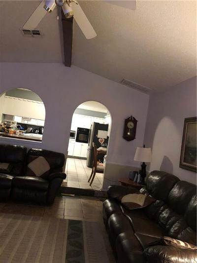 Single Family Home For Sale: 1224 SW 97