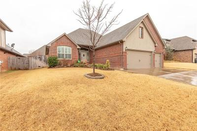 Moore OK Single Family Home For Sale: $270,000