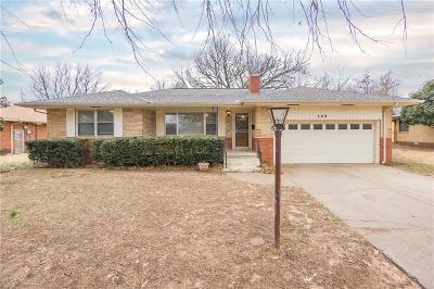 Del City Single Family Home For Sale: 209 Burk Drive