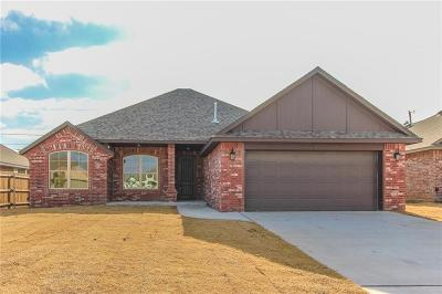Moore Single Family Home For Sale: 844 Cardan Place