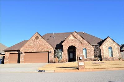Oklahoma City Single Family Home For Sale: 3200 Hampshire