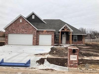 Oklahoma City Single Family Home For Sale: 11001 Treemont Way