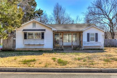 Edmond Single Family Home For Sale: 28 E Bowman Avenue