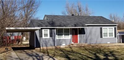 Del City Single Family Home For Sale: 4525 SE 27th