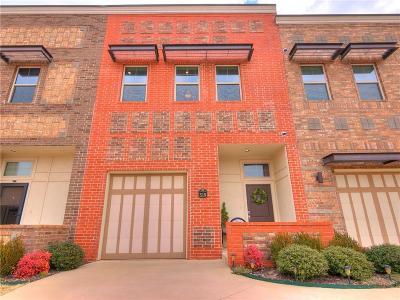 Edmond Condo/Townhouse For Sale: 519 S Fretz