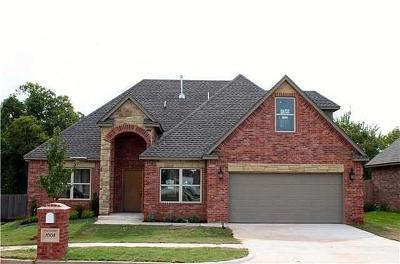 Moore Single Family Home For Sale: 1008 Summer Hill
