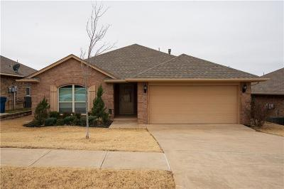 Midwest City Single Family Home For Sale: 2361 Turtlewood River