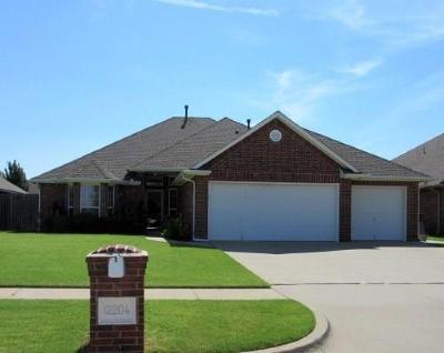 Oklahoma City Single Family Home For Sale: 12204 Kimberlyn Road