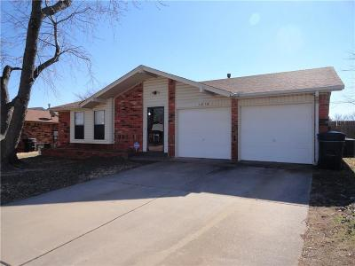 Moore OK Single Family Home For Sale: $122,900