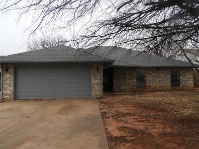Edmond Single Family Home For Sale: 2121 Shamrock Drive