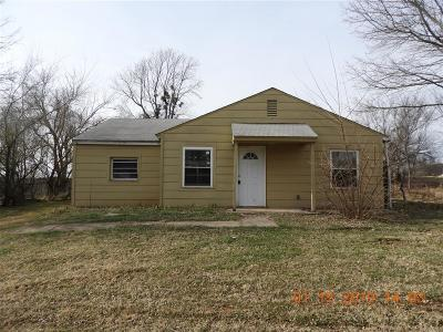 Choctaw Single Family Home For Sale: 2411 N Clarke Street