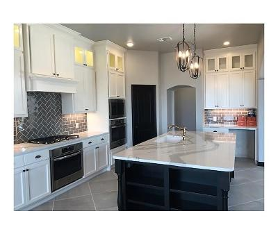 Edmond Single Family Home For Sale: 2225 NW 187th Street