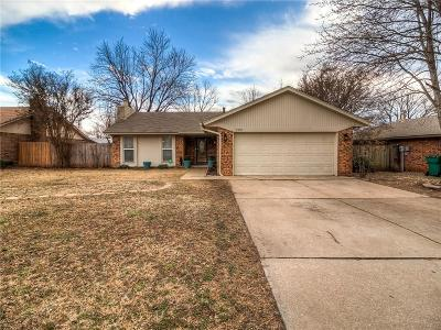 Edmond Single Family Home Pending: 2420 Cypress Court