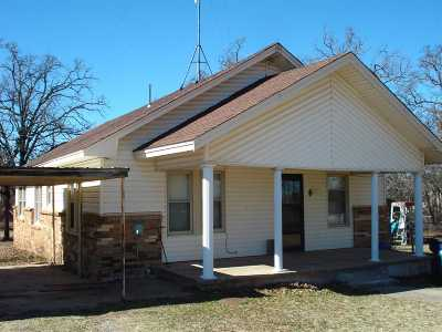 Marlow OK Single Family Home Sold And Closed: $77,000