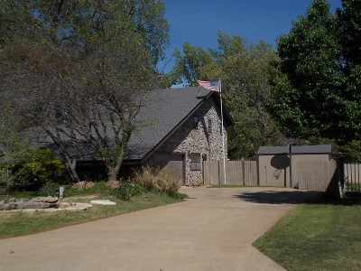 Duncan Single Family Home For Sale: 2300 Fairway Dr