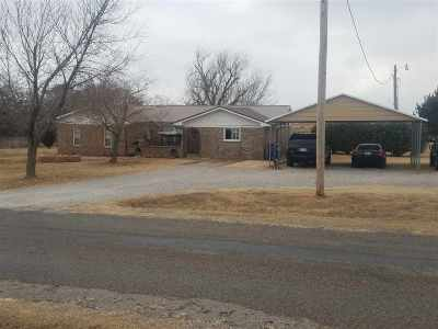 Single Family Home Sold: 5937 N 44th