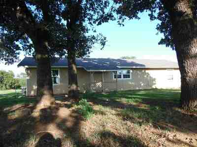 Comanche OK Single Family Home For Sale: $85,000