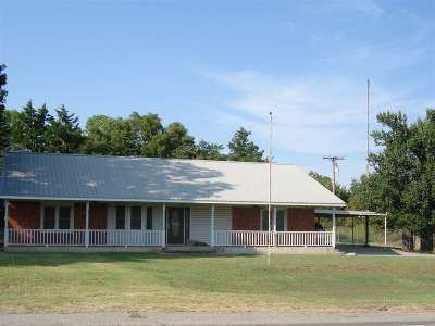 Marlow Single Family Home For Sale: 1001 Brooks Road