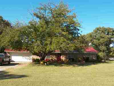 Comanche Single Family Home For Sale: 279682 Woodside Dr.