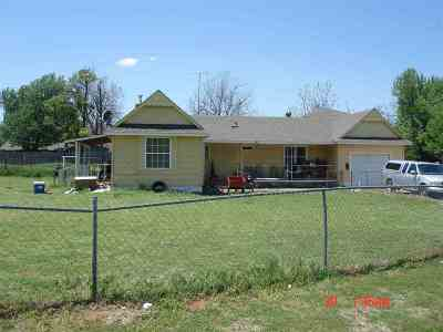 Marlow Single Family Home For Sale: 501 S 1st