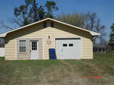 Single Family Home Sold: 805 1/2 W McNeese