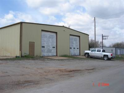 Commercial For Sale: 117 N 1st