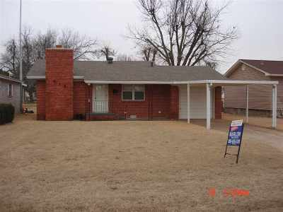 Marlow Single Family Home For Sale: 612 W Chickasaw St.